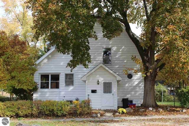 1602 Michigan Avenue, Alma, MI 48801 (MLS #1881366) :: Brick & Corbett