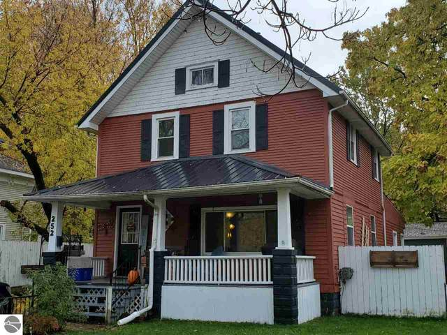 252 Ely Street, Alma, MI 48801 (MLS #1881379) :: Team Dakoske | RE/MAX Bayshore