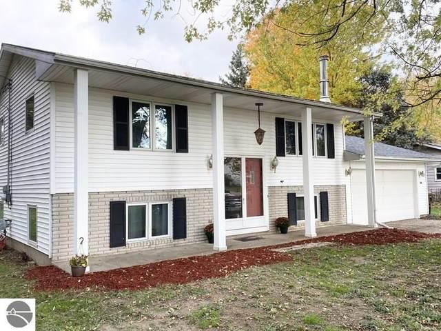 2191 O'connor Drive, Mt Pleasant, MI 48858 (MLS #1881401) :: Brick & Corbett