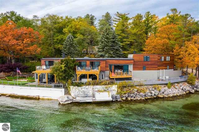 7784 East Shore Road, Traverse City, MI 49686 (MLS #1881484) :: Michigan LifeStyle Homes Group