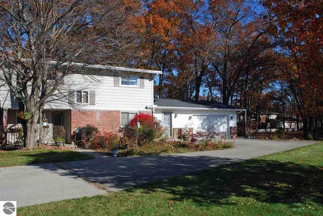9207 B Rhode Island Drive, Oscoda, MI 48750 (MLS #1881500) :: Brick & Corbett