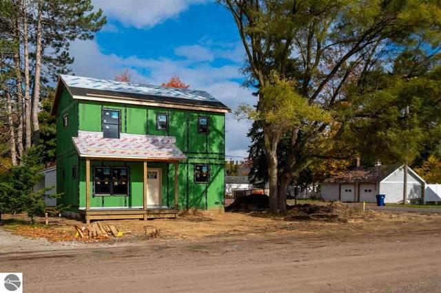 204 W Griffin Street, Traverse City, MI 49684 (MLS #1881502) :: Michigan LifeStyle Homes Group