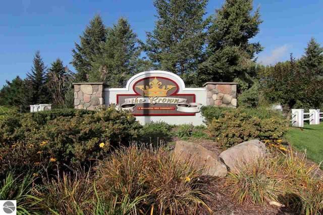 2882 E Crown Drive, Traverse City, MI 49685 (MLS #1881503) :: Michigan LifeStyle Homes Group