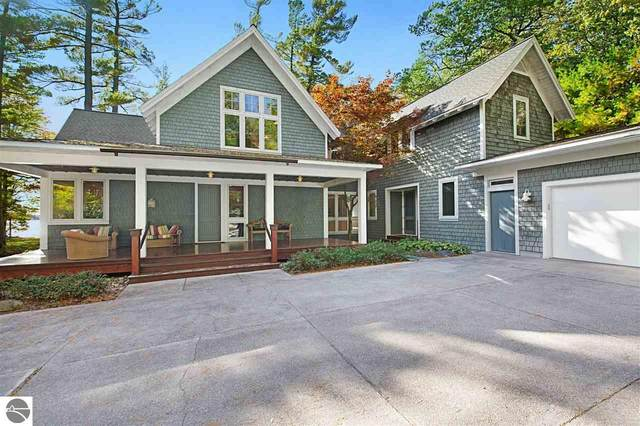 2959 Forest Lodge Drive, Traverse City, MI 49685 (MLS #1881533) :: Michigan LifeStyle Homes Group