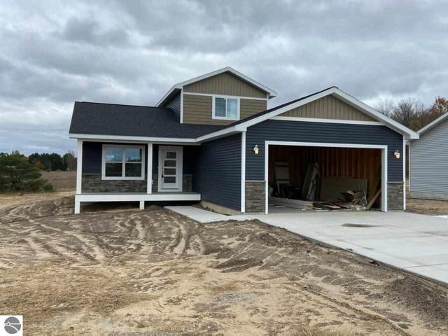 2075 Staghorn Ave, Grawn, MI 49637 (MLS #1881572) :: Michigan LifeStyle Homes Group