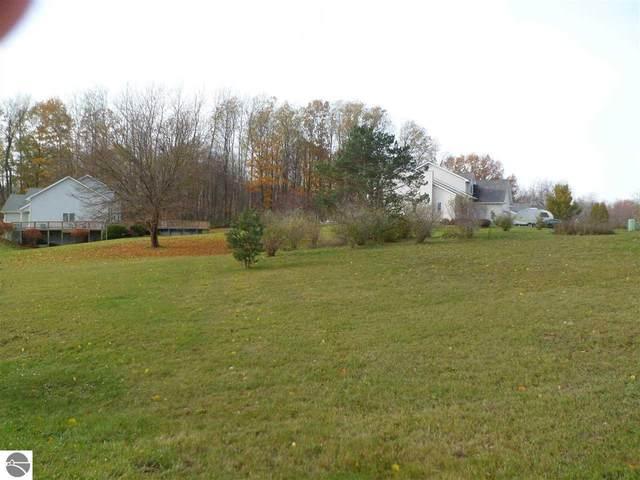 932 Brinton, Lake Isabella, MI 48893 (MLS #1881608) :: Boerma Realty, LLC