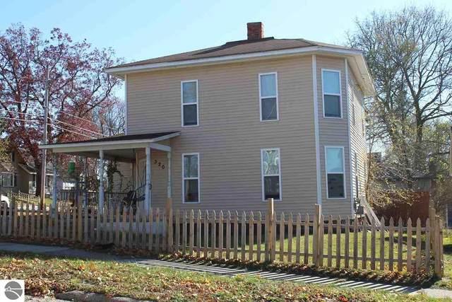320 E Bremer Street, Cadillac, MI 49601 (MLS #1881712) :: Brick & Corbett