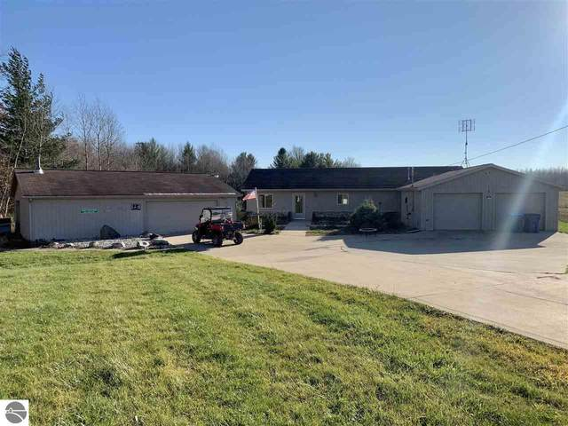9920 E Arnold Lake Road, Harrison, MI 48625 (MLS #1881726) :: Boerma Realty, LLC