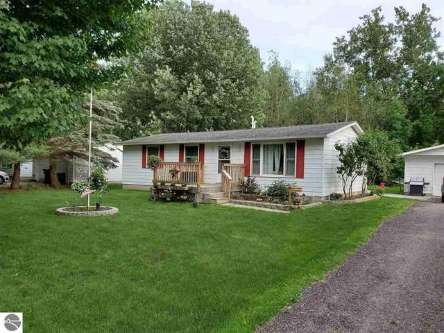 8190 Leona Drive, Mt Pleasant, MI 48858 (MLS #1881741) :: Boerma Realty, LLC