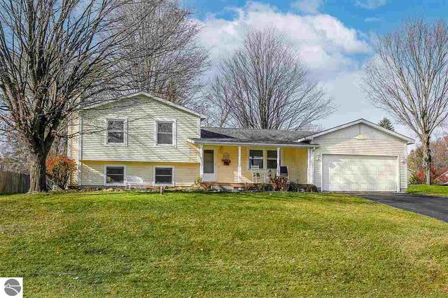 4626 Buckhorn Drive, Traverse City, MI 49684 (MLS #1881796) :: Brick & Corbett