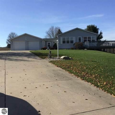 1075 Circle Drive, Lake Isabella, MI 48893 (MLS #1881864) :: Boerma Realty, LLC