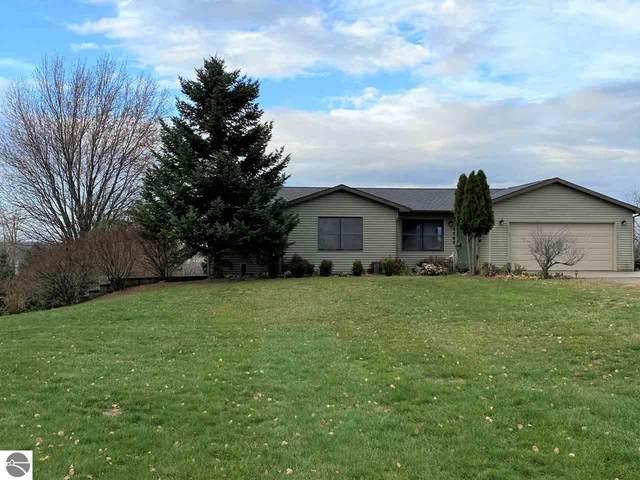 1068 Circle Drive, Lake Isabella, MI 48893 (MLS #1881884) :: Boerma Realty, LLC