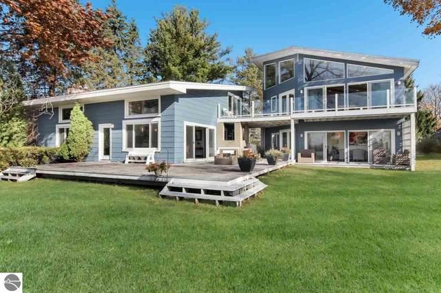 110 Mitchell Drive, Elk Rapids, MI 49629 (MLS #1881918) :: Brick & Corbett