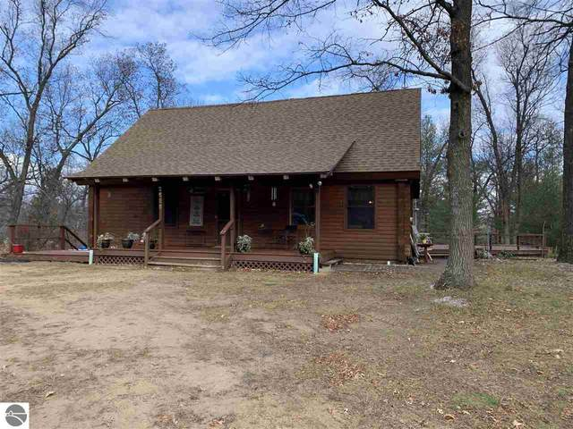 2555 Knight Road, Omer, MI 48749 (MLS #1882039) :: CENTURY 21 Northland