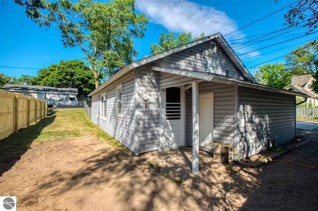 1053 Webster Street, Traverse City, MI 49686 (MLS #1882057) :: Team Dakoske | RE/MAX Bayshore
