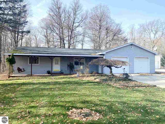 10376 Hardwood Trail, Perrinton, MI 48871 (MLS #1882067) :: Boerma Realty, LLC