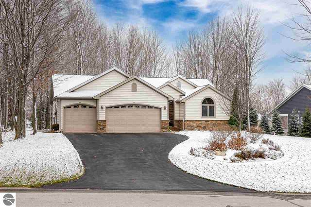 5412 Lone Beech Drive, Traverse City, MI 49685 (MLS #1882080) :: Brick & Corbett