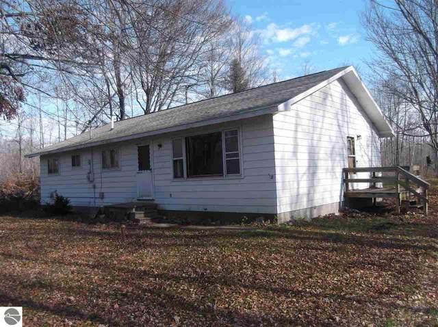 4242 Putnam Road, Hale, MI 48739 (MLS #1882114) :: CENTURY 21 Northland