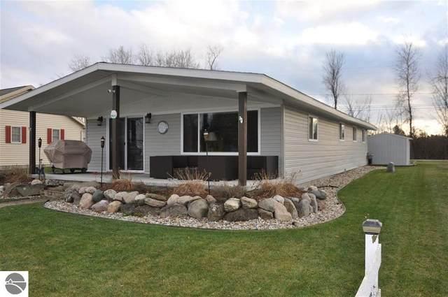 476 Ottawa, Prudenville, MI 48651 (MLS #1882179) :: Michigan LifeStyle Homes Group
