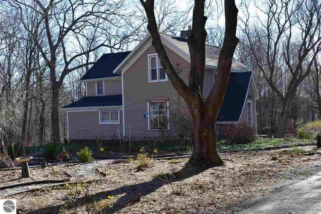 7185 Traverse Avenue, Benzonia, MI 49616 (MLS #1882301) :: Boerma Realty, LLC