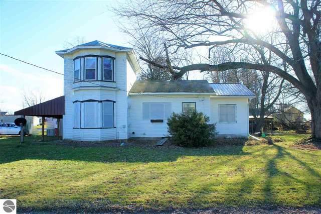 8136 Washington Street, Winn, MI 48896 (MLS #1882404) :: Michigan LifeStyle Homes Group