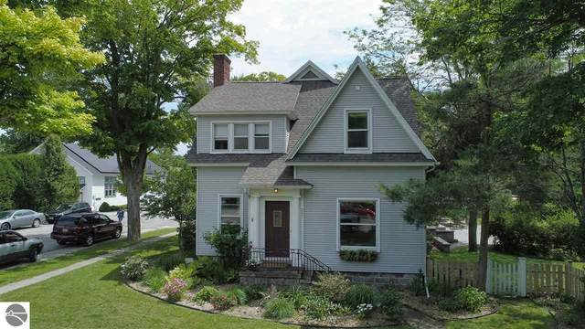 201 S Main Street, Leland, MI 49654 (MLS #1882444) :: Brick & Corbett