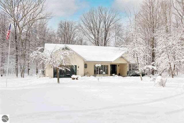 7373 W Osborn Road, Empire, MI 49630 (MLS #1882737) :: Michigan LifeStyle Homes Group