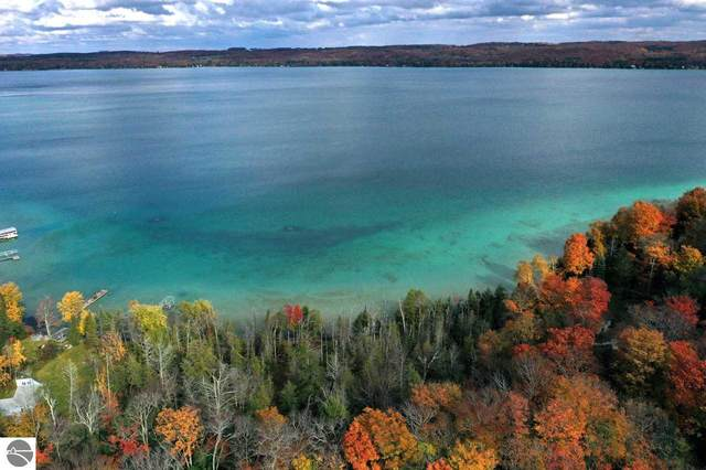 000 Us-31 N, Kewadin, MI 49648 (MLS #1882744) :: Michigan LifeStyle Homes Group