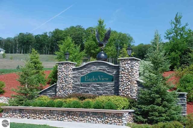 4221 Eagles View, Traverse City, MI 49684 (MLS #1883041) :: Boerma Realty, LLC