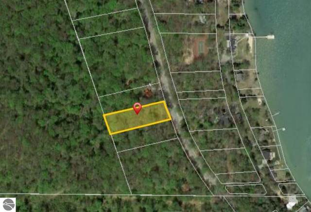Lot 10 Shorewood Drive, Frankfort, MI 49635 (MLS #1883049) :: Michigan LifeStyle Homes Group