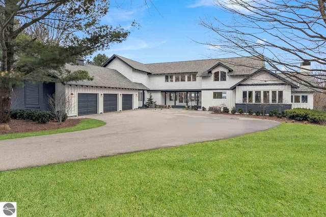 164 Carpenter Hill Road, Traverse City, MI 49686 (MLS #1883083) :: Michigan LifeStyle Homes Group