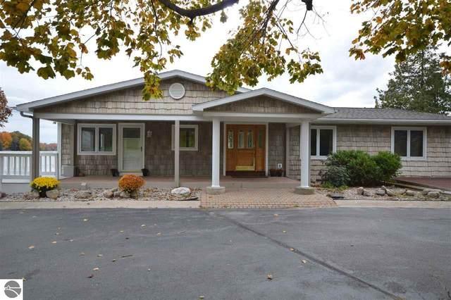 1241 Lake Drive, Traverse City, MI 49685 (MLS #1883091) :: CENTURY 21 Northland