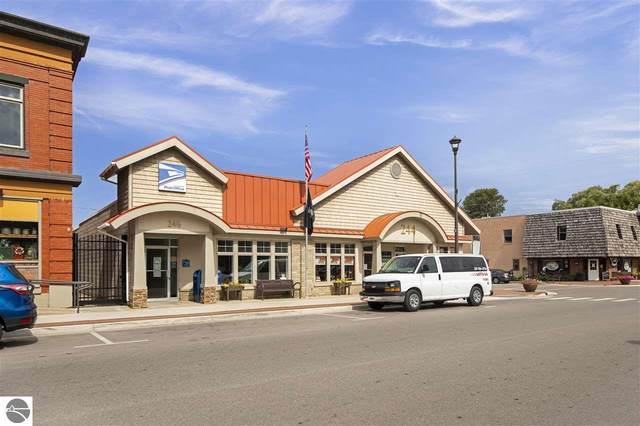 244 D1 S Benzie Boulevard D1, Beulah, MI 49617 (MLS #1883138) :: Michigan LifeStyle Homes Group