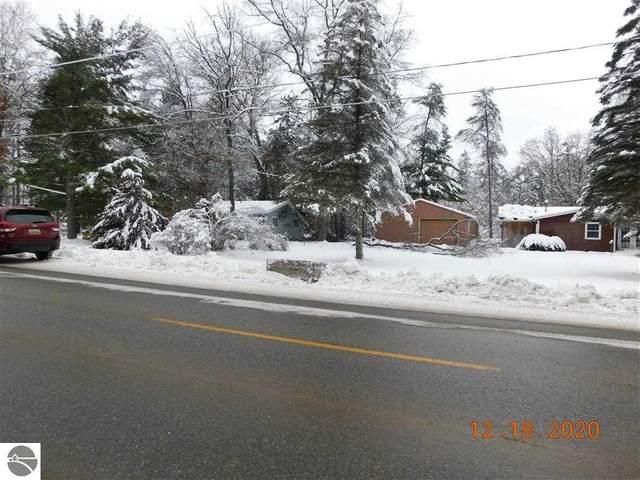 1307 E East Stockwell Road, Harrison, MI 48625 (MLS #1883140) :: CENTURY 21 Northland