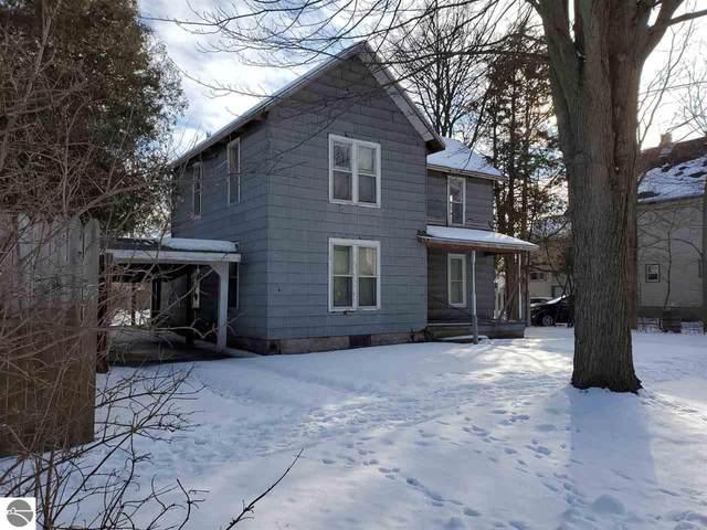 215 Pine, Mt Pleasant, MI 48858 (MLS #1883158) :: Michigan LifeStyle Homes Group