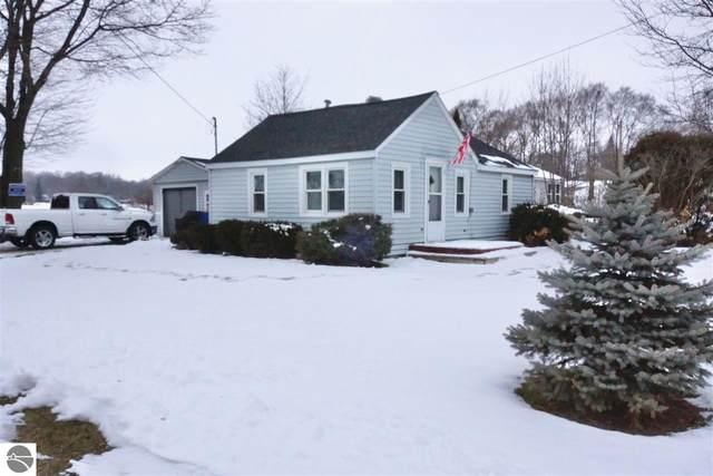 401 N Henry Street, Mt Pleasant, MI 48858 (MLS #1883204) :: Michigan LifeStyle Homes Group