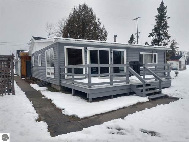 529 Detroit Street, Au Gres, MI 48703 (MLS #1883232) :: Michigan LifeStyle Homes Group