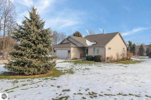 12007 S Elk Run, Traverse City, MI 49684 (MLS #1883288) :: Michigan LifeStyle Homes Group