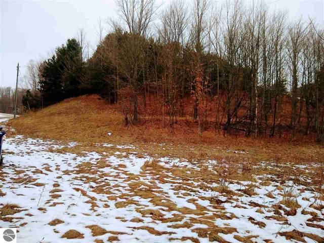 5797 Hidden Beech Drive, Cedar, MI 49621 (MLS #1883316) :: Michigan LifeStyle Homes Group