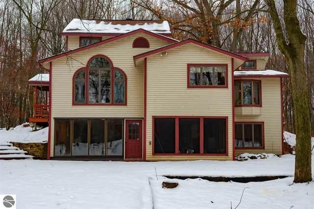 2790 S Gilmore Road, Mt Pleasant, MI 48858 (MLS #1883318) :: Michigan LifeStyle Homes Group