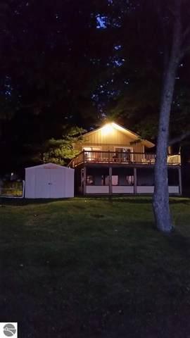 297 W Lake Drive, Cadillac, MI 49601 (MLS #1883325) :: Boerma Realty, LLC