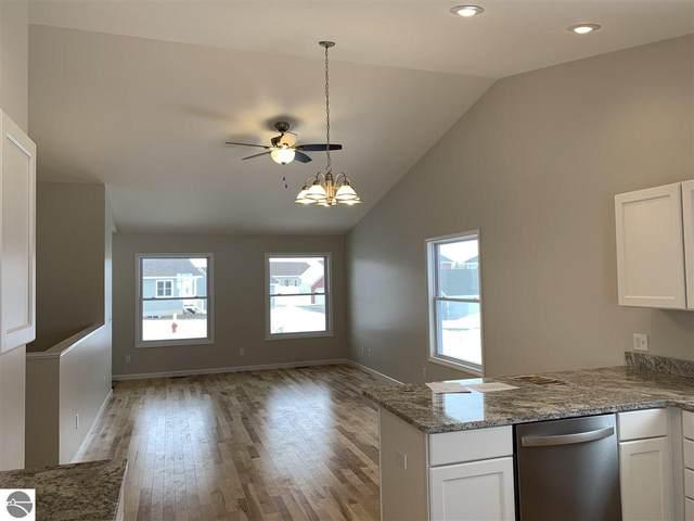 1235 Umber Drive, Traverse City, MI 49696 (MLS #1883529) :: Boerma Realty, LLC