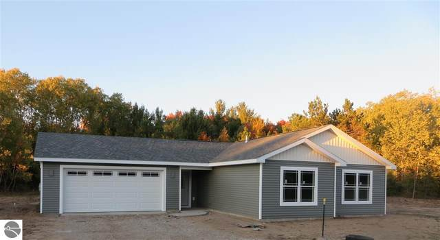 6 Yorkshire Drive #6, Traverse City, MI 49685 (MLS #1883651) :: Boerma Realty, LLC