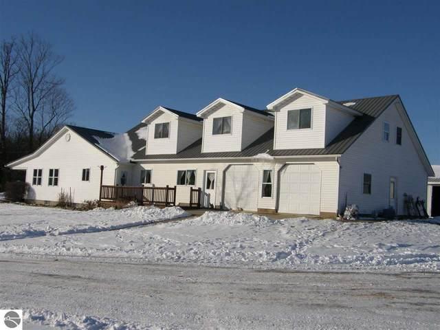 4620 N Bollinger Road, Vestaburg, MI 48891 (MLS #1883723) :: Boerma Realty, LLC