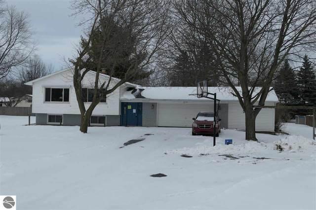 8197 Federal Road, Shepherd, MI 48883 (MLS #1883738) :: Boerma Realty, LLC