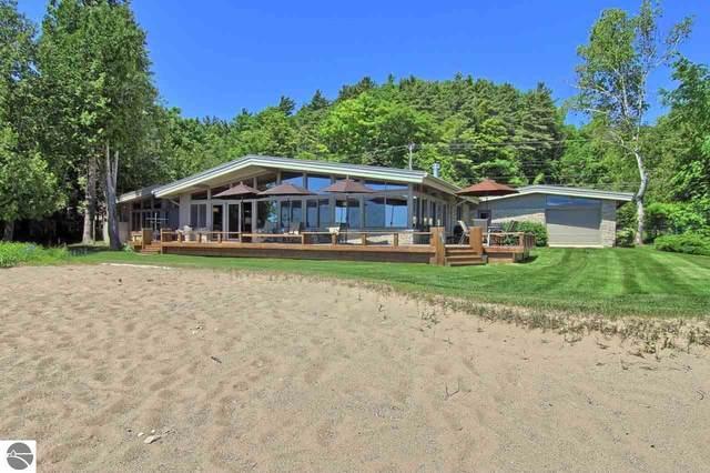 6863 Crystal Drive, Beulah, MI 49617 (MLS #1883757) :: Michigan LifeStyle Homes Group