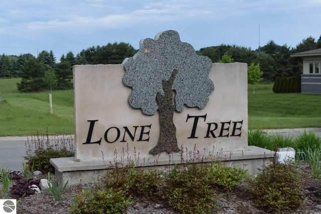 5415 Lone Beech Drive, Traverse City, MI 49685 (MLS #1883810) :: Boerma Realty, LLC