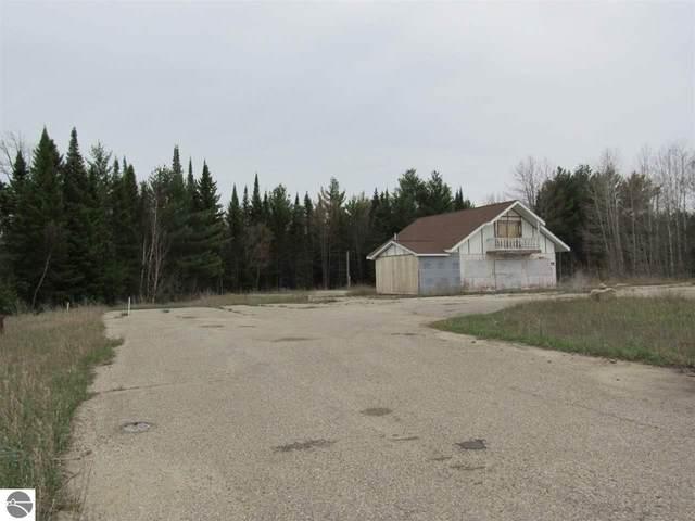 2271 W Federal Highway, Roscommon, MI 48653 (MLS #1883905) :: Boerma Realty, LLC