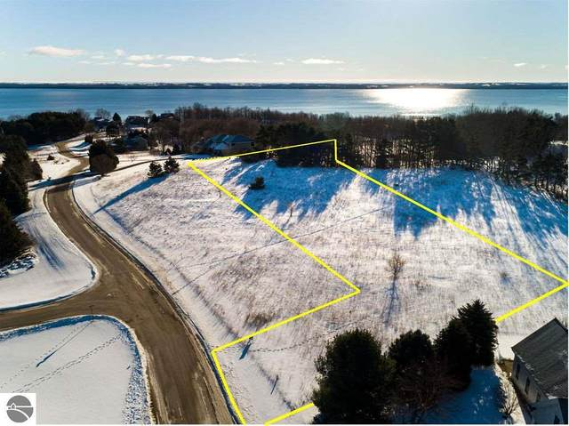 00 Spinnaker Lane, Suttons Bay, MI 49682 (MLS #1883948) :: Brick & Corbett