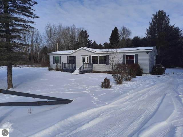 313 Pine Street, Omer, MI 48749 (MLS #1884049) :: Boerma Realty, LLC
